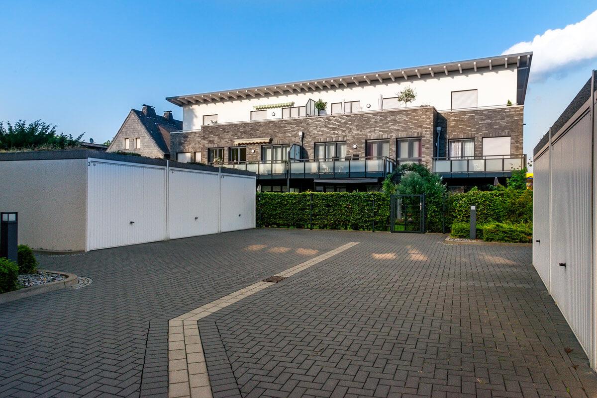 Hofansicht Mehrfamilienhaus Waltrop Levringhäuser Straße Hubert Milte